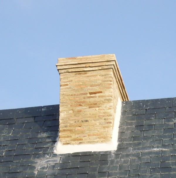 Souches de cheminée à la Jaille Yvon